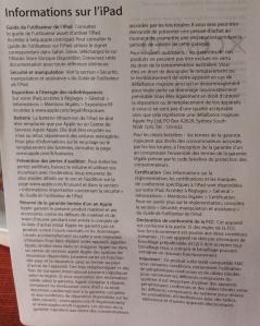 Informazioni sull'iPad, in francese. La trascrizione è data sotto